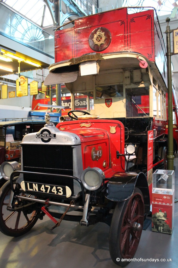 WWI London bus