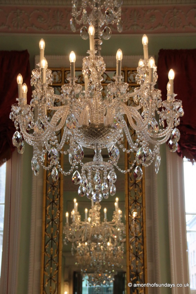 Chandos chandelier mirror