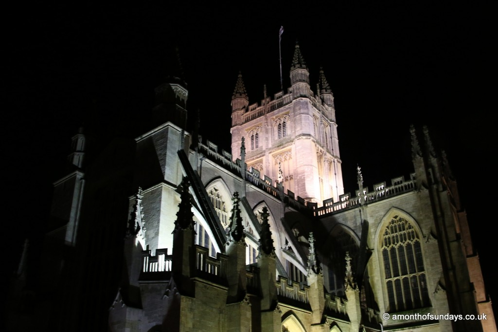 Bath Abbey at night