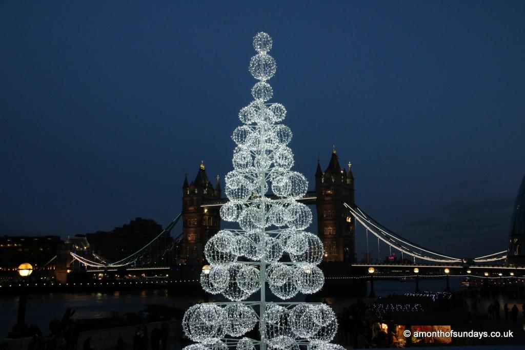 More London Christmas tree