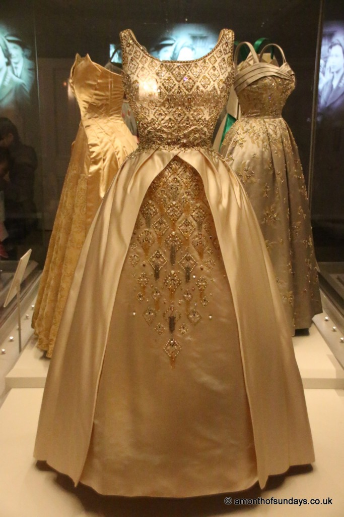 Elizabeth II's dresses at Kensington Palace