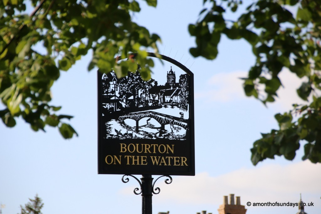 Bourton on the Water sign