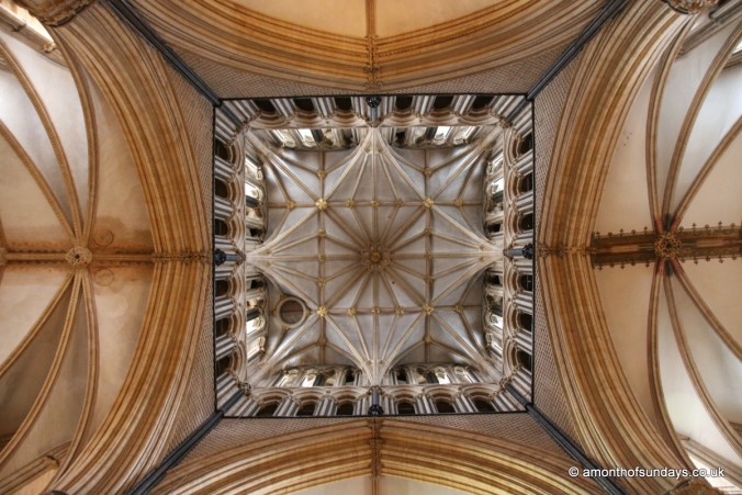 Looking up in the transcept at Lincoln Cathedral