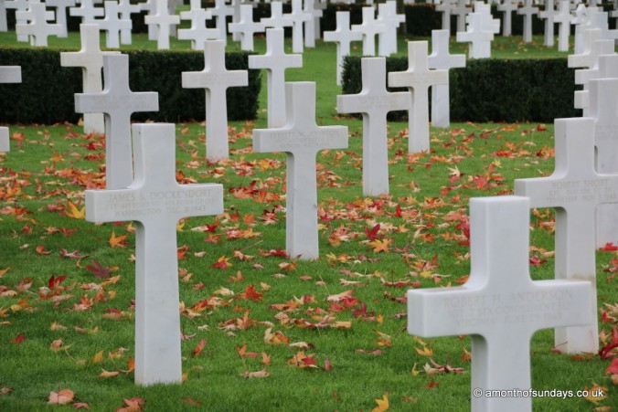 Graves at the American War Cemetary in Cambridge