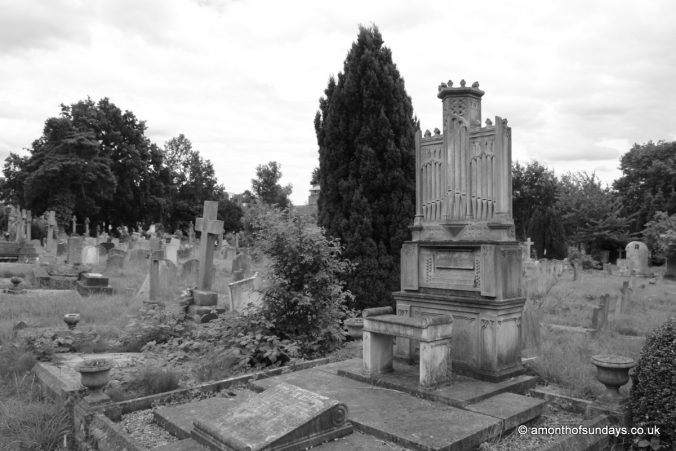 Organ gravestone at Hampstead Cemetery